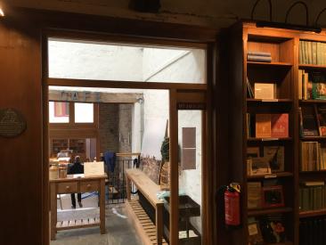 Hay-on-Wye bookstore:cafe.jpg