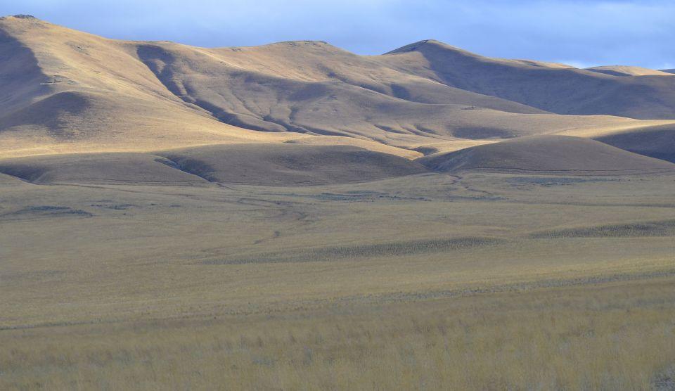 Lower Valley hills.jpg